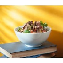 Тёплый салат с говяжьей вырезкой и овощами в соево-кунжутной заправке (200 г)